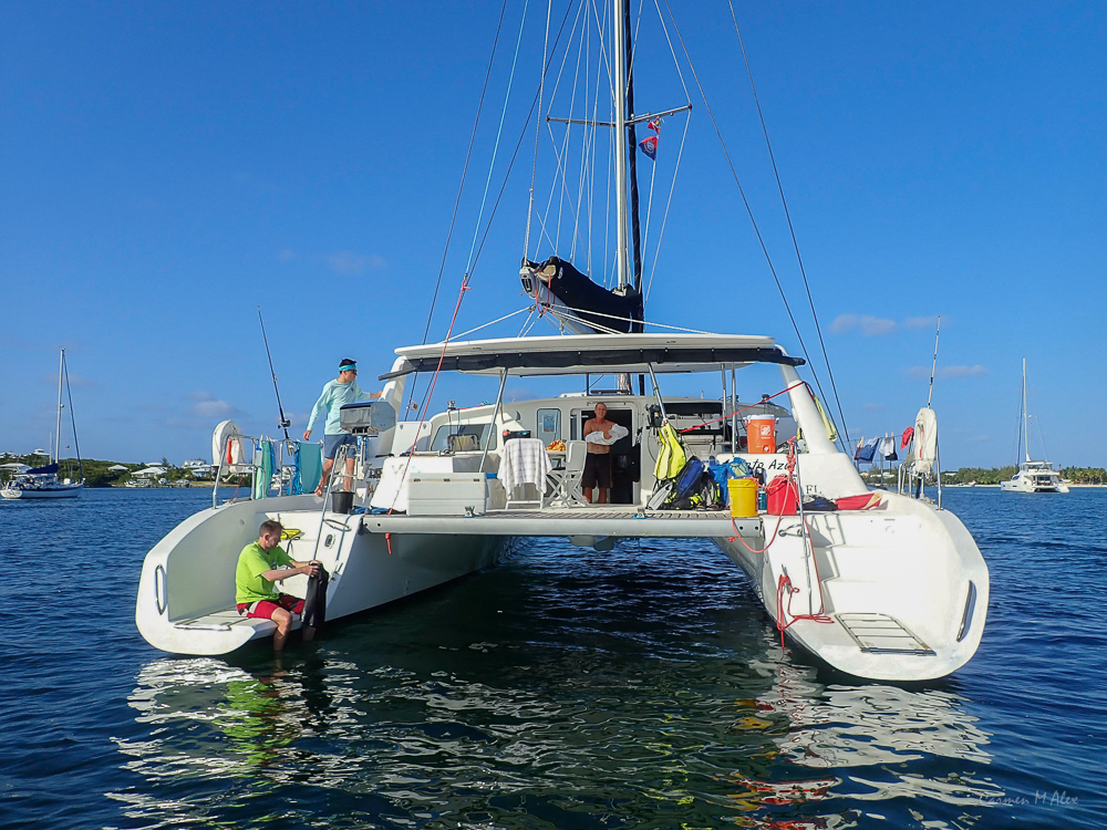 Bahamas-Abaco-GreatGuanaNippers-CarmenMAlex-2019-0310